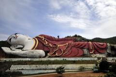 Win Sein Taw Ya Giant Buddha