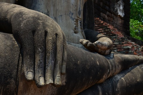 Touching the earth in Sukhothai.