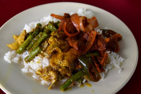The <i>pad neua daeng</i> and <i>pad pet gai</i> at Mustafa's hit the spot nicely, too.