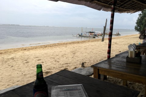 A taste of yesterday on Sanur Beach: Warung  Pantai Indah.