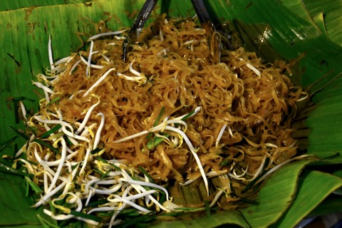 Pad mii Khorat, a fried noodle dish that tastes like an extra savoury and crunchy version of pad Thai.