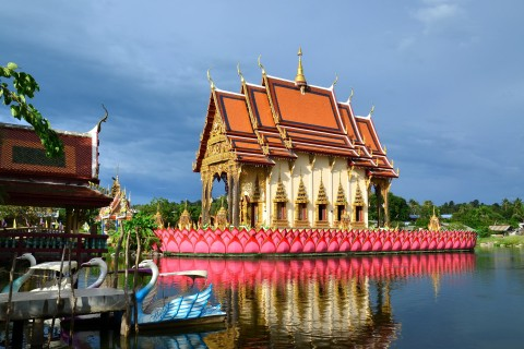 Get off the beach and visit Wat Plai Laem. Photo taken in or around Ko Samui, Thailand by David Luekens.