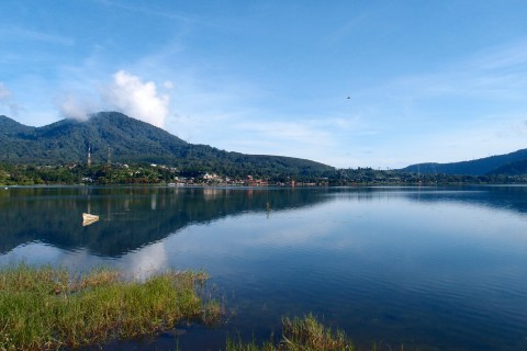 Beautiful Danau Bratan. Photo taken in or around Bedugul, Indonesia by Sally Arnold.