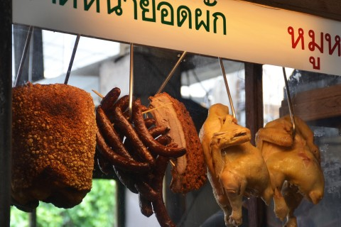 Plenty of grazing options too. Photo taken in or around Ban Tawai handicraft market, Chiang Mai, Thailand by Mark Ord.