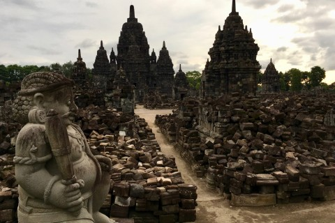 Beautiful Sewu. Photo taken in or around Prambanan , Yogyakarta, Indonesia by Sally Arnold.