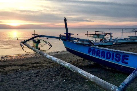 ... but it does improve for sunset. Photo taken in or around Beaches, Lovina, Indonesia by Sally Arnold.