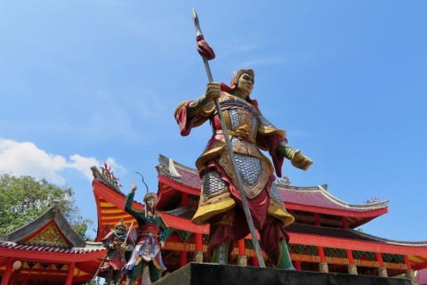 Strike a pose. Photo taken in or around Sam Poo Kong Temple, Semarang, Indonesia by Sally Arnold.