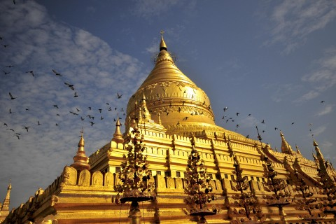 Stunning Shwezigon Paya, believed to enshrine two relics from the Lord Buddha.