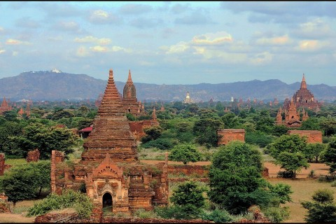 Vista from Pyathada. Photo taken in or around Central Plains of Bagan, Bagan, Burma_myanmar by Mark Ord.